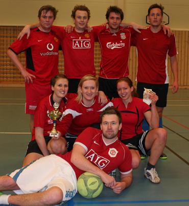 35a9c844 Bak frå venstre Vegard Nygård, David Nygård, Stian Ferstad og Morten  Ferstad. Damene frå venstre: Trine Ferstad, Vibeke K. Grotle og Mari  Torvanger.